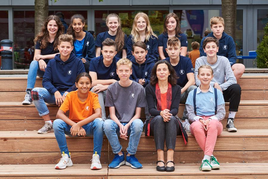 Erasmus-Frankfurter-Stadtschule-Schueler-Klassenfoto-2019-8
